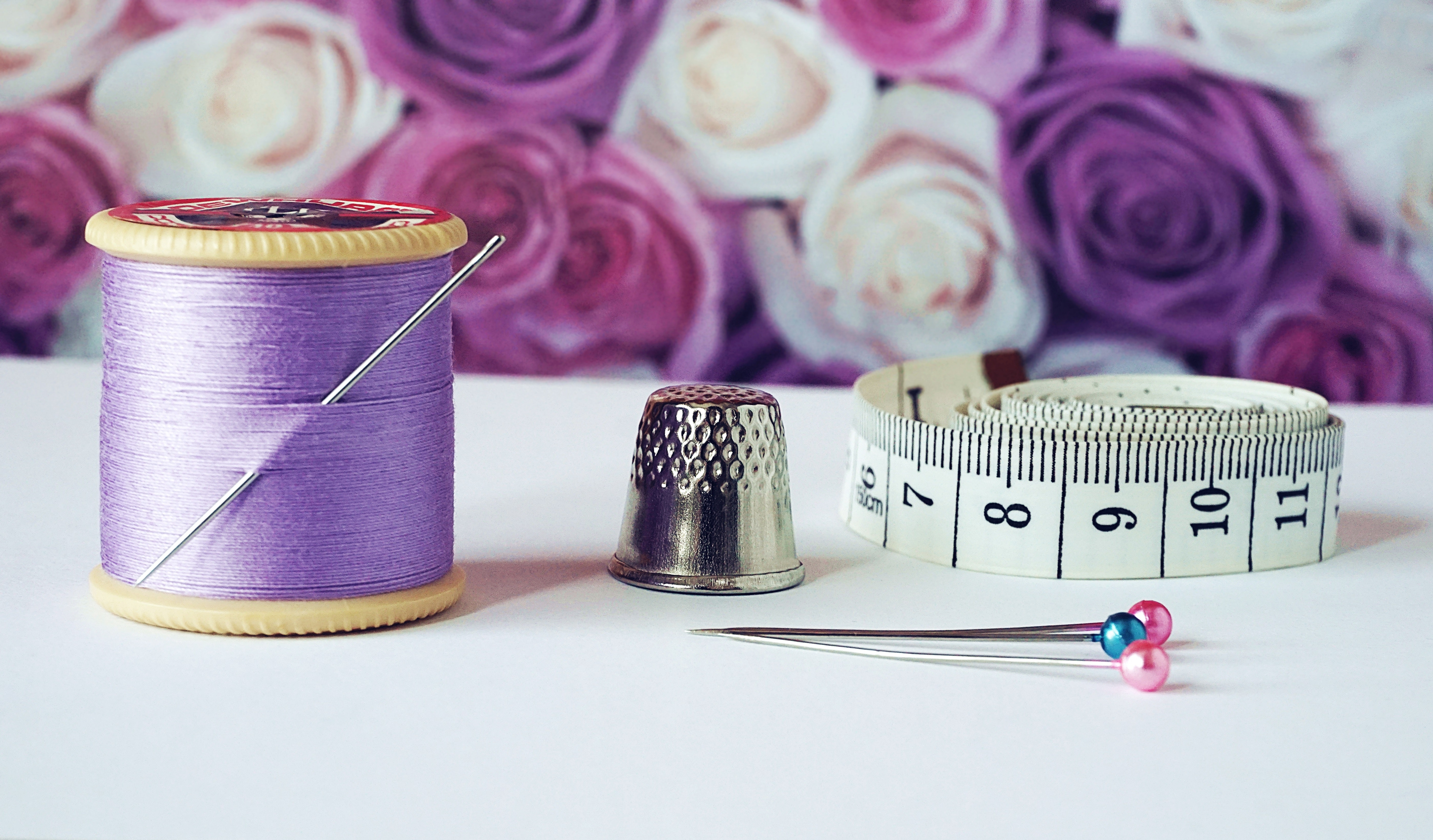 arts-and-crafts-bobbin-close-up-1266139