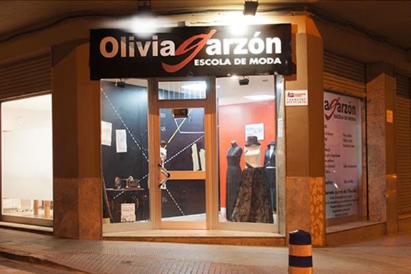 Olivia-Garzon-instalaciones-entrada-escuela